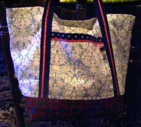 100% Destash Market Bag Blue and Red