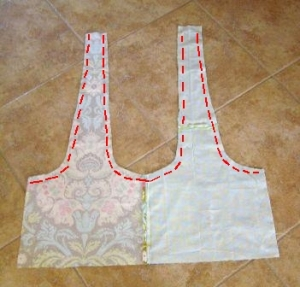 14.  Sew lining to outer fabric along red dotted lines.