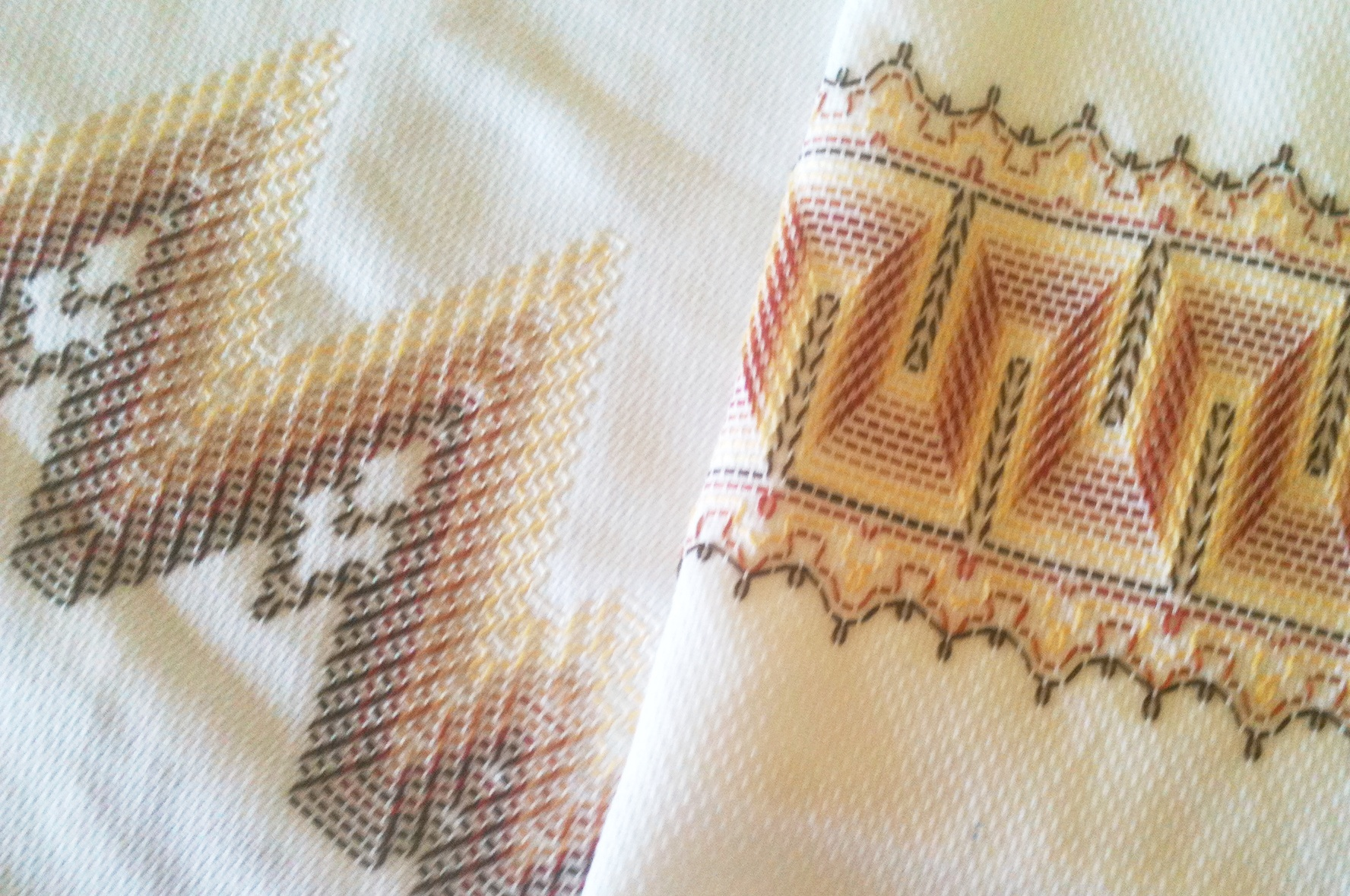 Huck Embroidered Towels Stash Couture Huck Towels The Destashification  Project