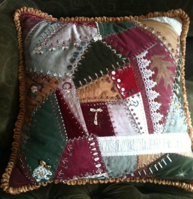 CQ Pillow Details