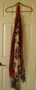 Destashification Scarf Hanger