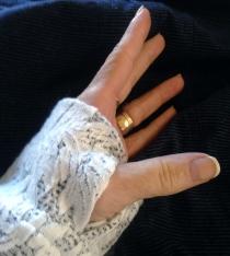 Thumb hole in Cuff